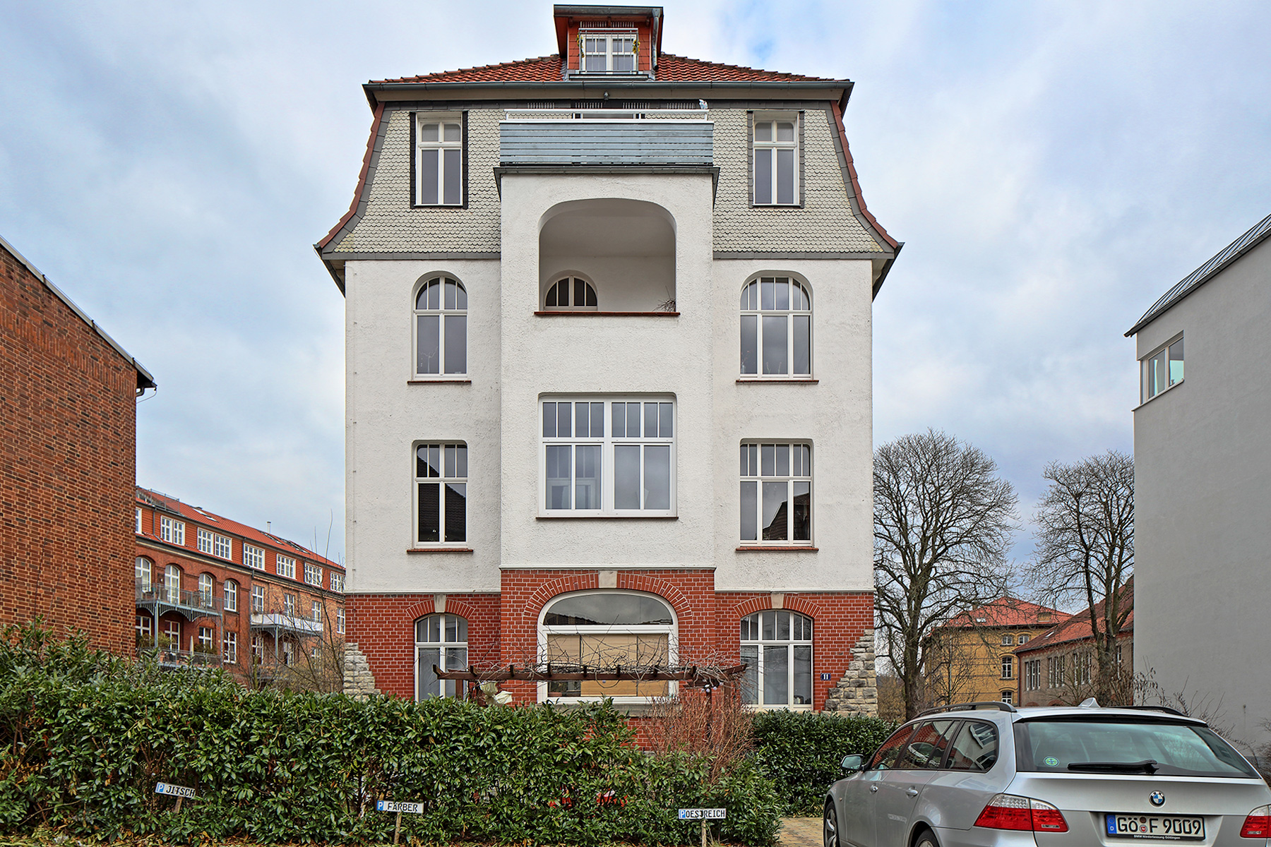 Bunsenstrasse-11-Front-Totale