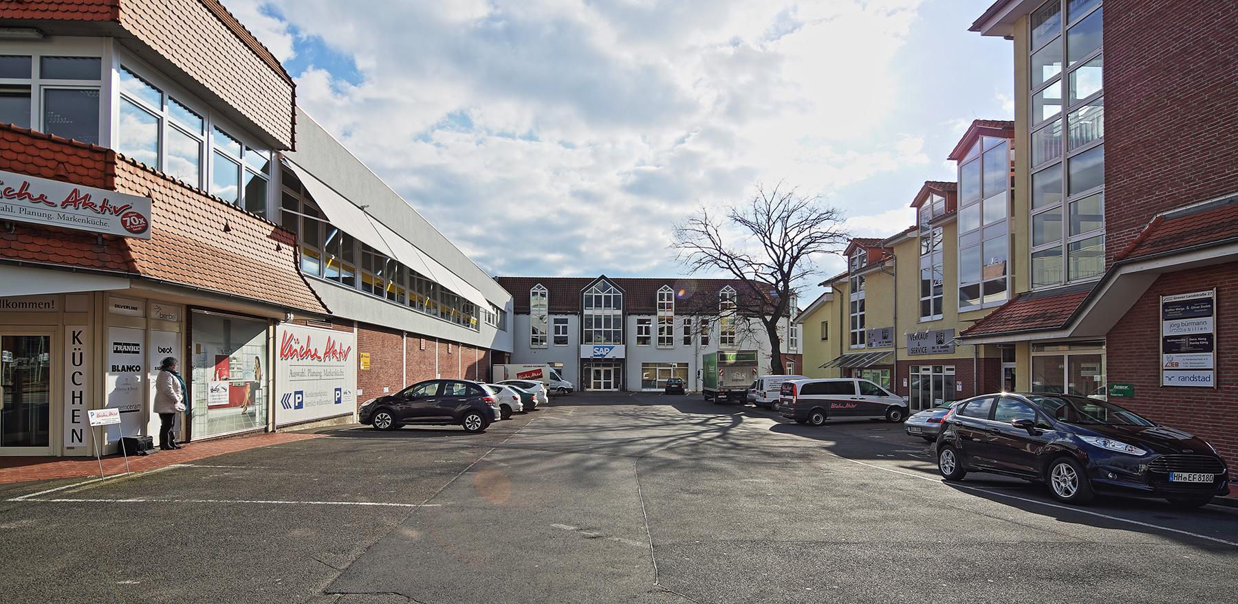 Weststadt-Quartier-Nr.27-+23-Hofansicht-von-Vorn